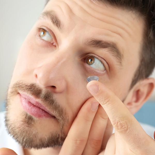 Zeven weetjes over contactlenzen