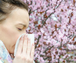Keep your eyes healthy this spring, 5 tips for avoiding your allergies