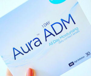Aura Contact Lens Blogger Challenge