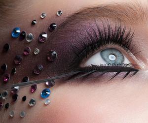 Consejos para utilizar lentillas de colores en Carnaval