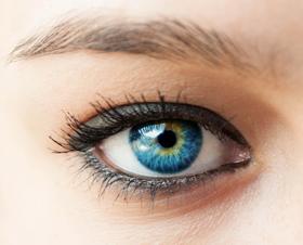El maquillaje y el uso de lentillas