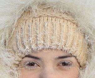Concilier hiver et lentilles de contact