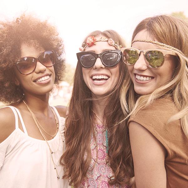 Een zonnebril beschermt je ogen