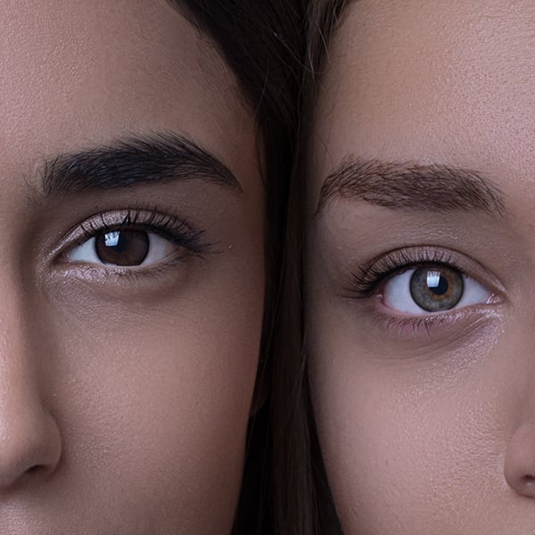 Two shades of brown eyes