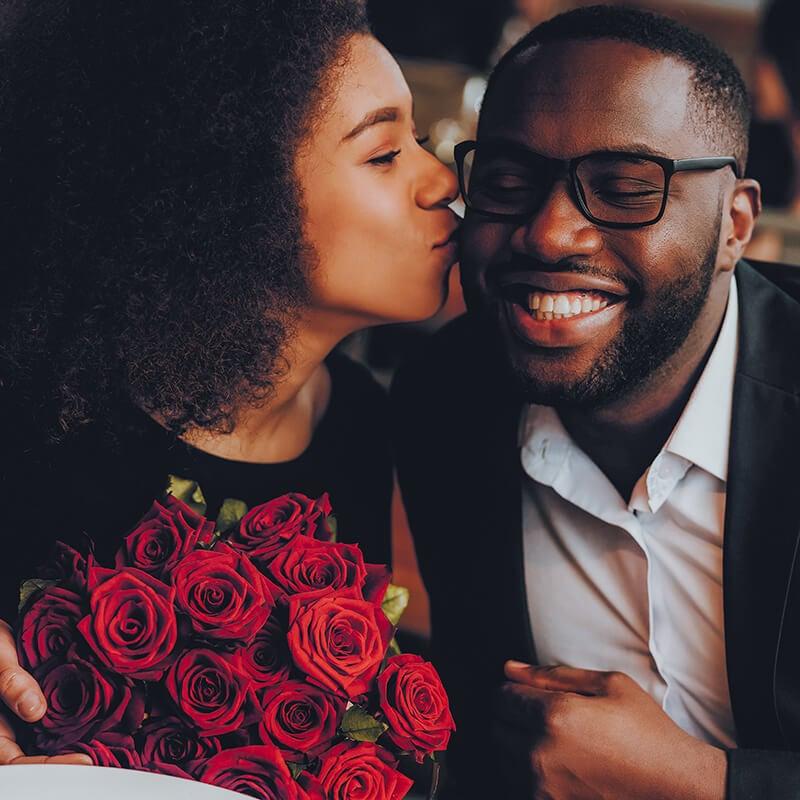 Verliefd stel op een date