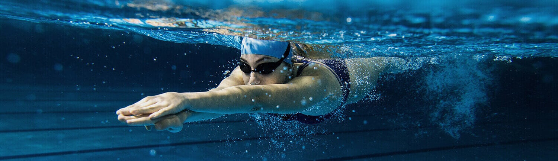 Zwemmen met lenzen in