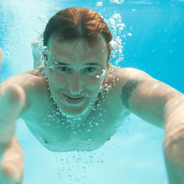 swimming-no-contacts