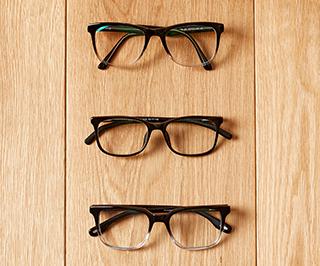 glasses-on-wood