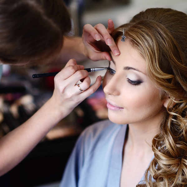 """make up """"height ="""" 300 """"width ="""" 300 """"style ="""" float: right; rembourrage à gauche: 15px; rembourrage-bas: 15px;"""